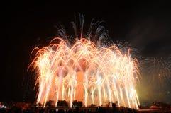 Lavoro del fuoco delle torrette del Kuwait Fotografia Stock Libera da Diritti