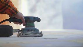 Lavoro della macinazione del carpentiere archivi video