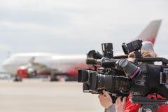 Lavoro della stampa e di media delle videocamere Fotografie Stock