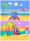 Lavoro delle free lance a Sandy Beach nell'insieme di estate Fotografia Stock
