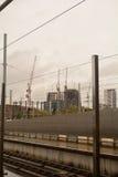 Lavoro di costruzione che aggiunge all'orizzonte di Londra Immagini Stock Libere da Diritti