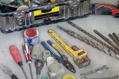 Lavoro di ristrutturazione elettrico, molti attrezzi per bricolage Fotografie Stock Libere da Diritti