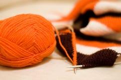 Lavoro a maglia della sciarpa Fotografia Stock
