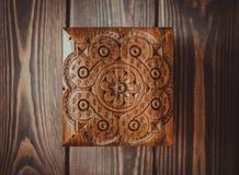 In lavoro manuale esperto Scultura del legno Fotografia Stock