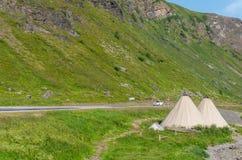 Lavvu, de traditionele tijdelijke woning van Sami, Noorwegen Stock Foto's