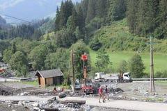 Lawiny błotne okaleczają zbocza Austria po ulewny deszcz zdjęcia stock