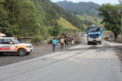 Lawiny błotne okaleczają zbocza Austria po ulewny deszcz obrazy stock