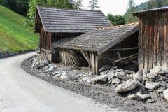 Lawiny błotne okaleczają zbocza Austria po ulewny deszcz UE zdjęcia stock