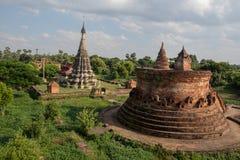 Lawka Dawtha Manaung και παγόδα Myint Mo Taung Στοκ Εικόνες
