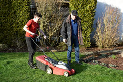 Free Lawn Mowing Royalty Free Stock Photography - 88253207