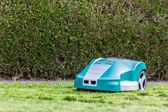 Lawnmower do robô Foto de Stock Royalty Free