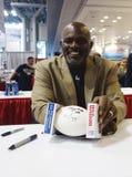 Lawrence Taylor, New York Giants linebacker και Hall of Famer, κατά τη διάρκεια της συνόδου αυτόγραφων στη Νέα Υόρκη Στοκ Φωτογραφίες