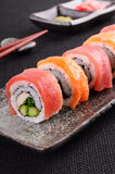 Lax- & tonfisksushirulle Arkivfoto