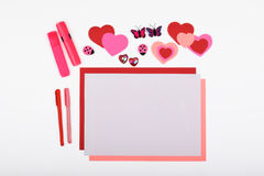Lay-out-Objekte auf dem Thema - Valentinsgruß ` s Tag lizenzfreie stockfotos