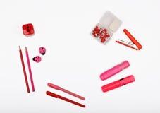 Lay-outvoorwerpen op het onderwerp worden geïsoleerd - de Dag die van Valentine ` s Royalty-vrije Stock Afbeelding