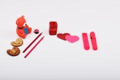 Lay-outvoorwerpen op het onderwerp worden geïsoleerd - de Dag die van Valentine ` s Royalty-vrije Stock Afbeeldingen