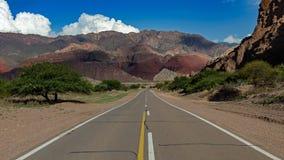 LaYesera geologiskt bildande, torr ström, Salta, Argentina royaltyfria foton