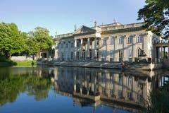 Lazenki slott, Warszawa, Polen Arkivbilder