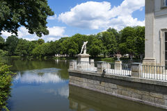 Lazienki - opinión sobre parque Imagen de archivo