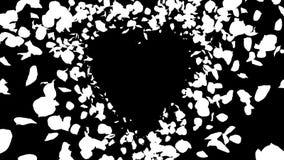 Lazo aislado alfa amarilla romántica del corazón de Rose Flower Petals del rosa que vuela libre illustration