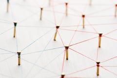 Lazo de entidades Red, establecimiento de una red, medio social, extracto de la comunicación de Internet Una pequeña red conectad foto de archivo