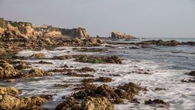 Lazo de Rocky Coastline Time Lapse Video almacen de video