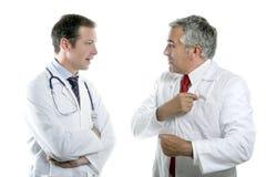 Lazo mayor de la maestría de las personas de los doctores que habla fotos de archivo