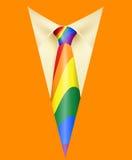 Lazo y símbolo anaranjado LGBT del arco iris del traje Imagen de archivo libre de regalías