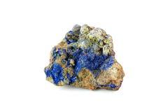 Lazurite kristaller på vit bakgrund Fotografering för Bildbyråer