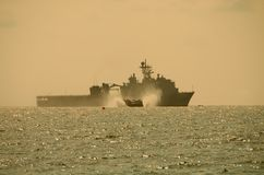 LCAC leaving battleship Stock Photo