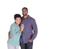 Lächelnder schwarzer Mann auf Weiß Stockfoto