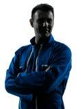 Lächelndes freundliches Schattenbildporträt des Mannbauarbeiters Lizenzfreie Stockbilder