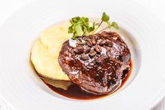 Läcker bräserad nötköttstek Fotografering för Bildbyråer