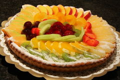 läcker frukt för cake Royaltyfria Bilder