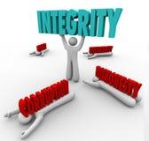 Líder de Person Lifting Word Competitive Advantage da integridade o melhor Imagens de Stock Royalty Free