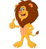 Leão bonito dos desenhos animados que dá o polegar acima Imagem de Stock