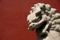 Leão de pedra fotografia de stock