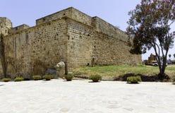 Leão de Venetians perto da fortaleza de Famagusta, Chipre fotografia de stock royalty free