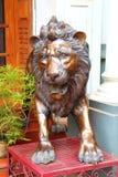 León antiguo La estatua de bronce La India Fotos de archivo libres de regalías