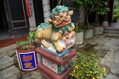 León chino del guarda foto de archivo