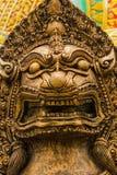 León de piedra del oro Fotografía de archivo libre de regalías