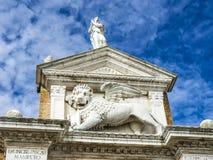 León medieval, símbolo de la república de Venecia, Italia Fotografía de archivo