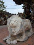 León melancólico Imagen de archivo