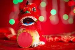 León miniatura chino del baile de las decoraciones del Año Nuevo Foto de archivo libre de regalías