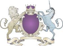 León y capa del unicornio de brazos Imágenes de archivo libres de regalías