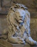 Leões na escadaria da biblioteca púbica de Boston Ao fim de t fotos de stock royalty free