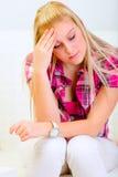 leżanki migreny siedząca kobieta zdjęcia royalty free