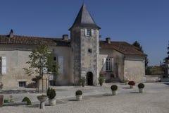 Le缅因Giraud庄园,香宾Vigny, Poitou-Charentes,法国 免版税图库摄影