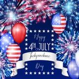 le 4ème juillet, fond américain de célébration de Jour de la Déclaration d'Indépendance avec des feux d'artifice du feu Félicitat photo libre de droits