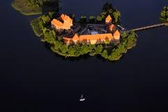 le 14ème trakai en pierre commencé de la Lithuanie d'île de construction de siècle de château était images libres de droits